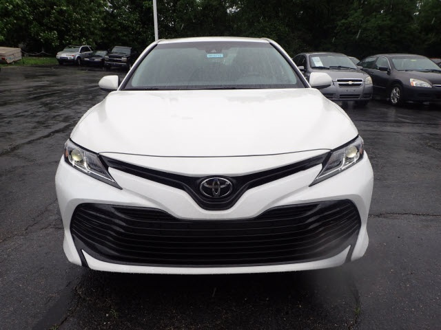 Pre-Owned 2018 Toyota Camry LE
